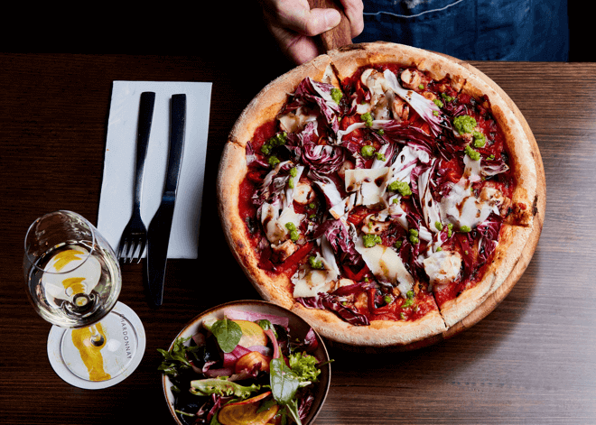 innocent_bystander_restaurant_pizza_2